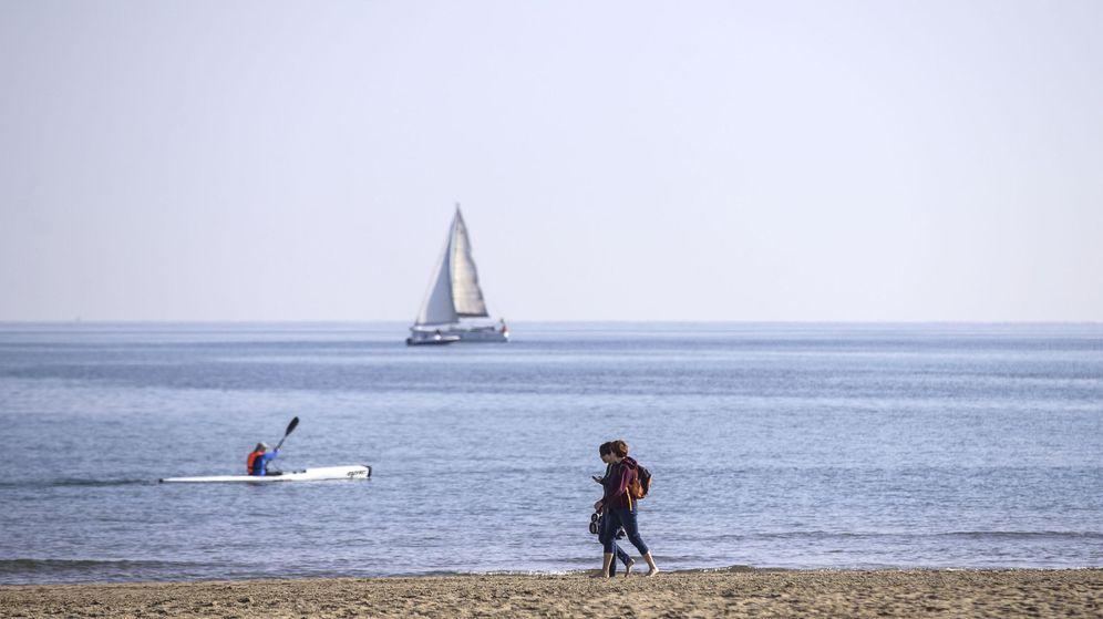 Foto: Durante la jornada del sábado se espera un ascenso generalizado de las temperaturas diurnas, con excepciones en Cataluña y la meseta Norte. (EFE)