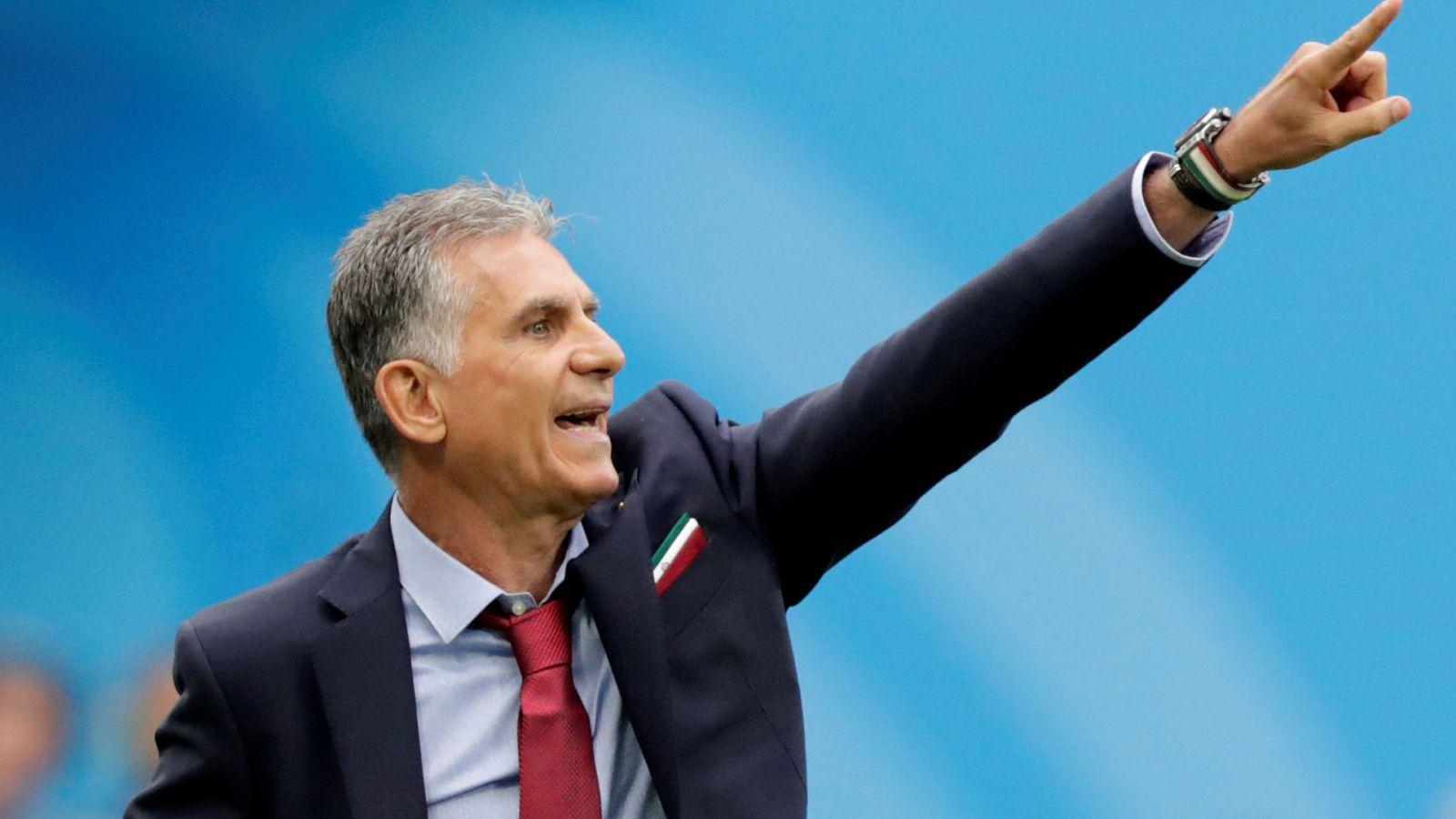 Foto: Carlos Queiroz durante el primer partido del Mundial en el que Irán consiguió la victoria contra Marruecos. (EFE)