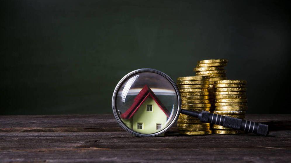 Foto: ¿Ha llegado el momento de que los promotores bajen los precios de los pisos? (iStock)