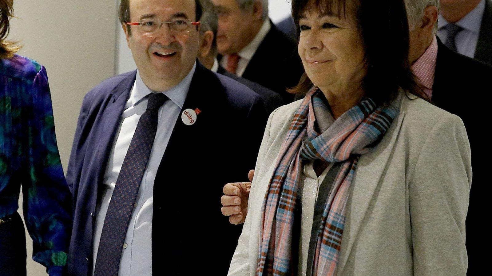 Foto: Miquel Iceta, a su llegada a la conferencia del Club Siglo XXI con Cristina Narbona, este 24 de octubre en Madrid. (EFE)