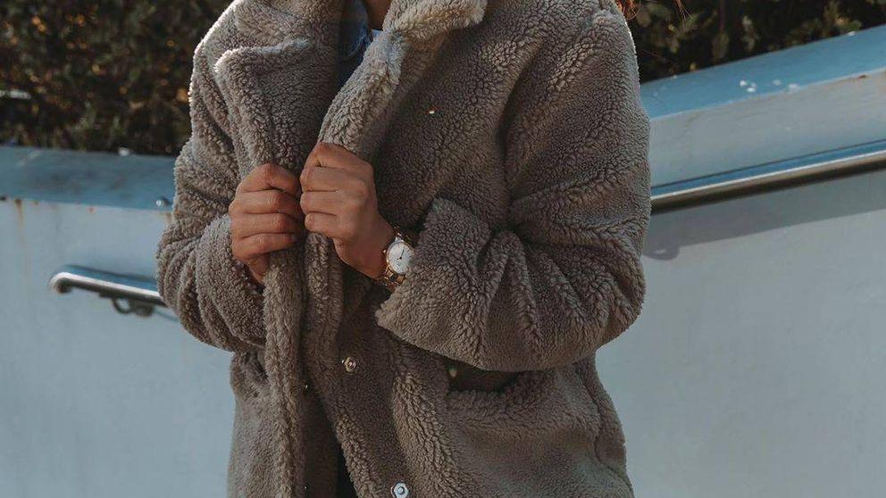Así se combina el abrigo viral de Primark de 35 euros en clave elegante y casual