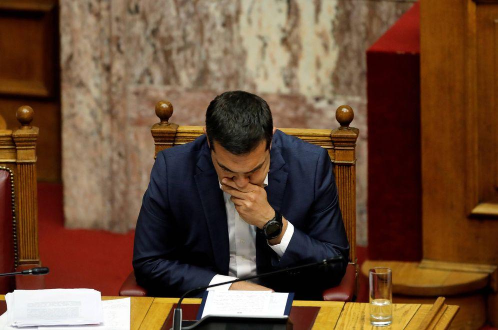 Foto: El primer ministro Alexis Tsipras durante la sesión del parlamento por la moción de censura, en Atenas. (Reuters)