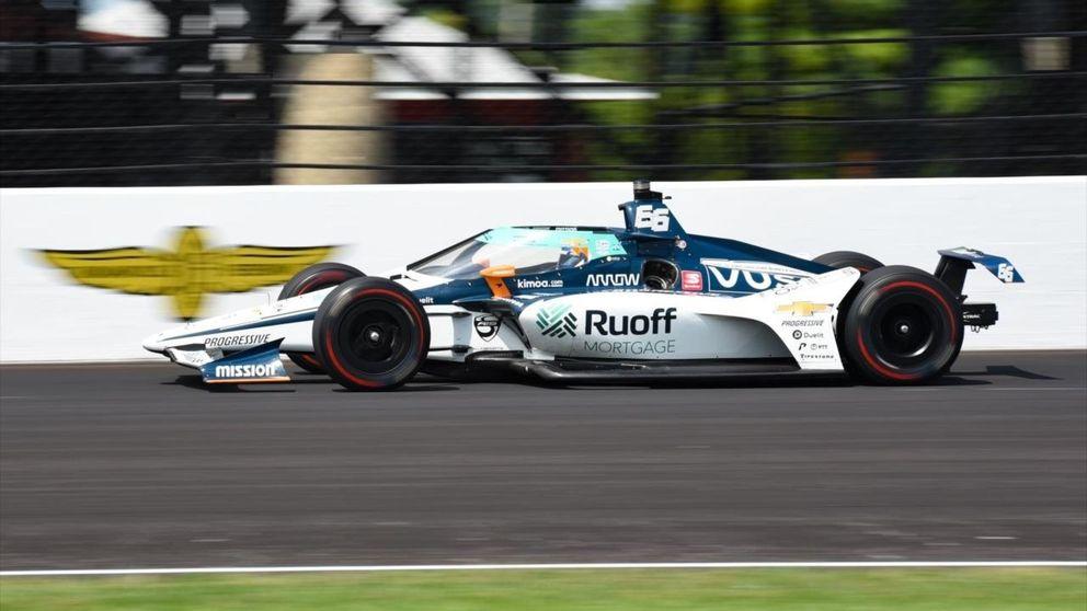 Desastre español en Indianápolis: Alonso finaliza 21º y Palou acaba contra el muro