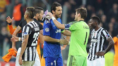 Buffon considera ingrato e inaudito silbar a un icono como Casillas