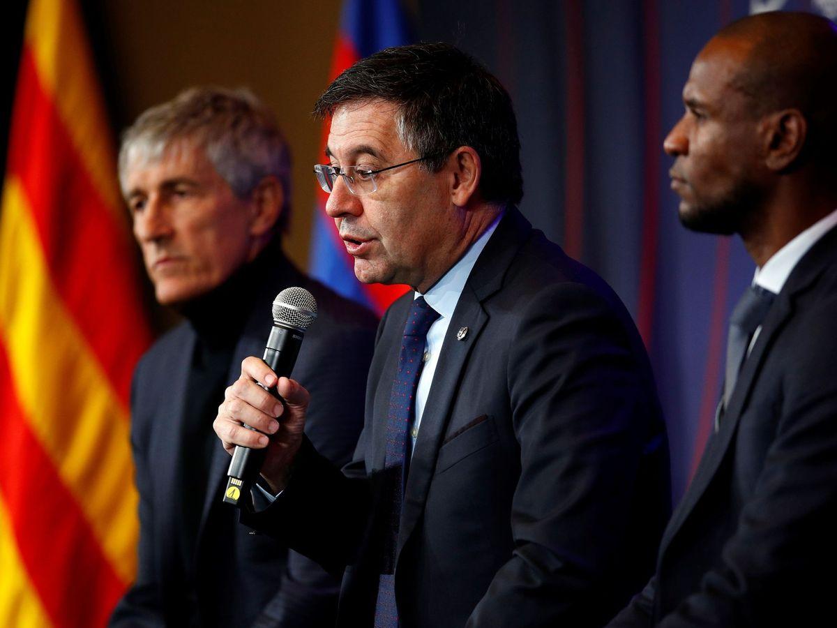 Foto: Bartomeu toma la palabra en la presentación de Quique Setién como entrenador del Barcelona. (EFE)