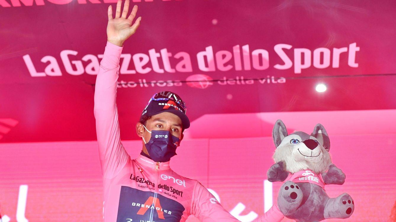 Bostezos, hunos y Bernal de rosa: un fin de semana en el Giro