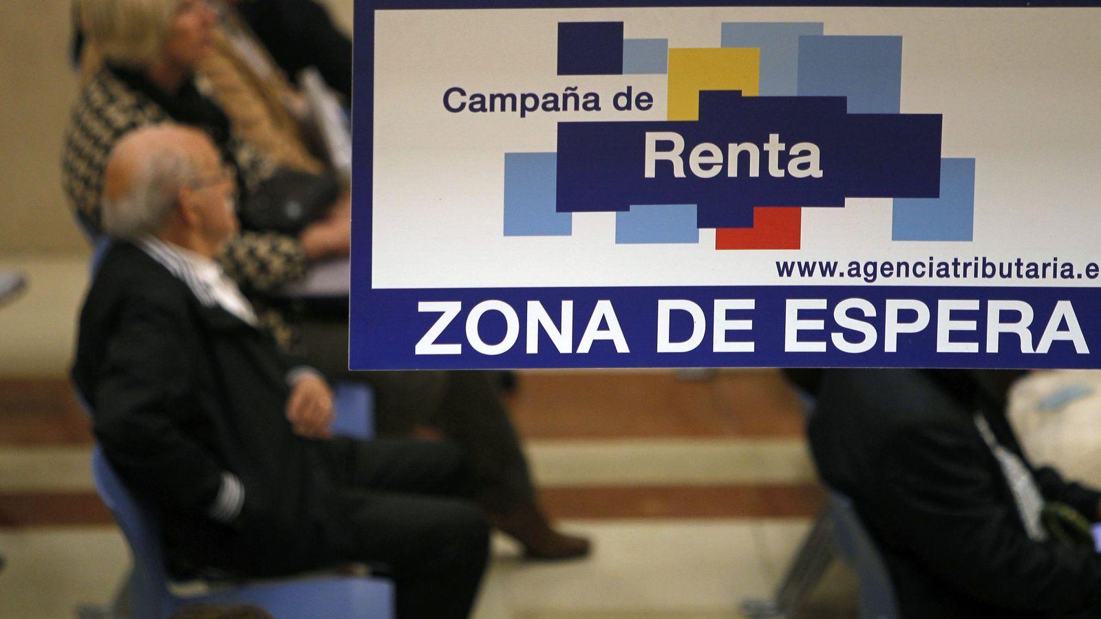 Foto: La campaña de la declaración de la renta cerró el pasado 2 de julio. Ahora es el turno de pagar el segundo plazo. (EFE)