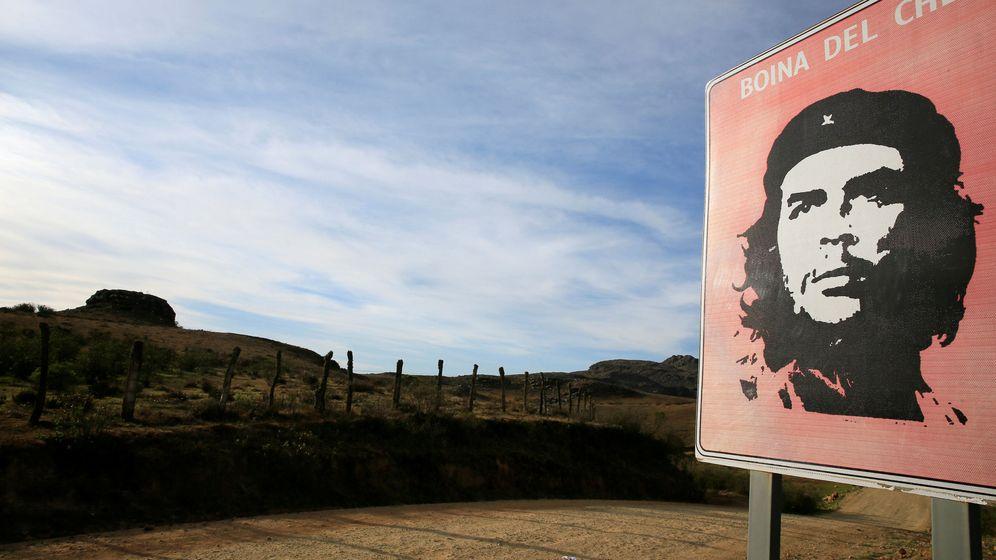 Foto: El camino a La Higuera, donde el Che Guevara fue ejecutado (Reuters)