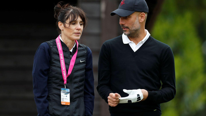 Cristina Serra y Pep Guardiola. (Reuters)