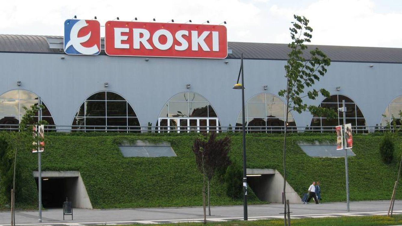 Eroski mantiene la pugna con la banca a 10 días para evitar el aviso de riesgo de impago