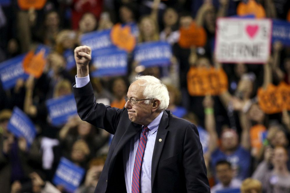 Foto: El candidato a la nominación demócrata Bernie Sanders durante un acto de campaña en Seattle, Washington (Reuters).