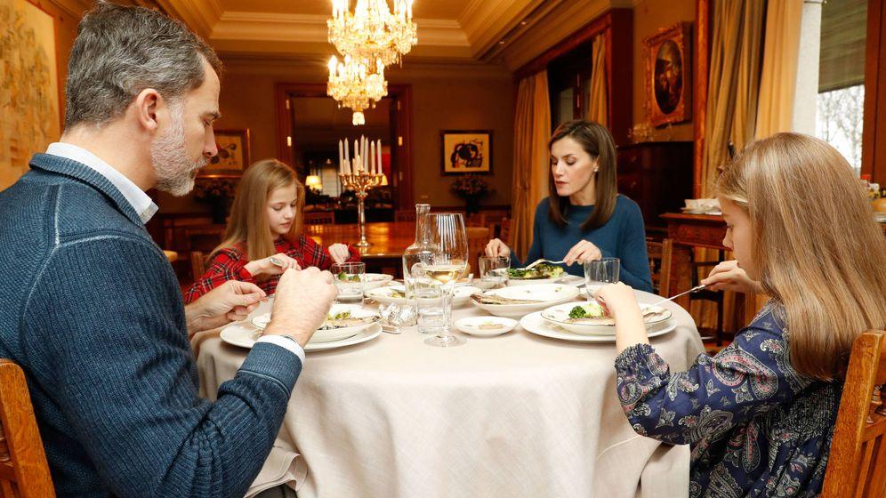 Foto: Los Reyes almorzando en su casa. (Casa Real)