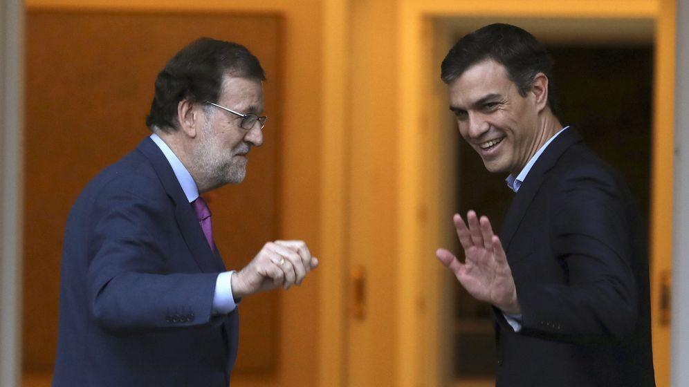 Foto: Pedro Sánchez y Mariano Rajoy, reunidos en La Moncloa. (EFE)