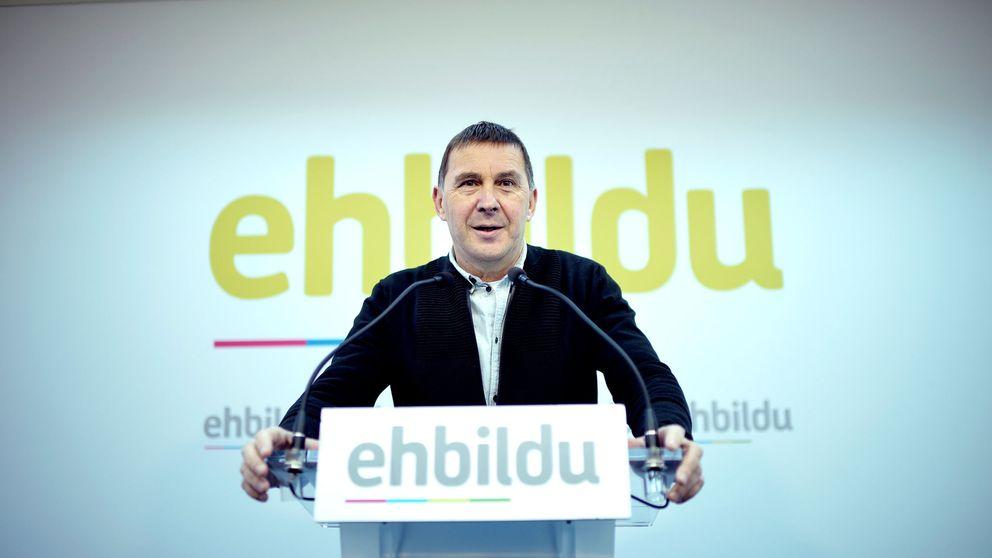 Otegi apoya a Puigdemont: Siempre estaremos con Cataluña