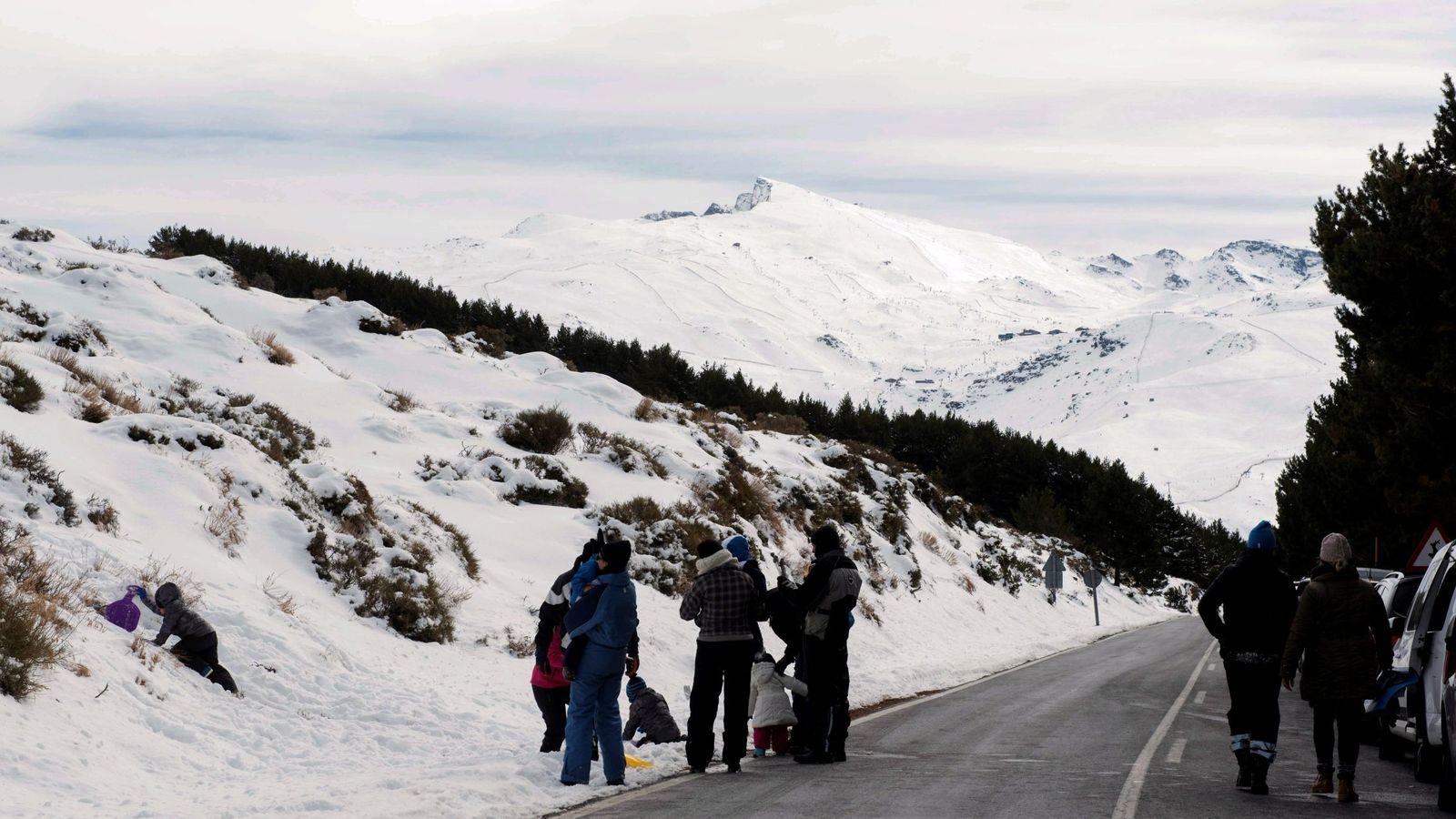 Foto: Fotografía de archivo del parque natural de Sierra Nevada. (EFE)