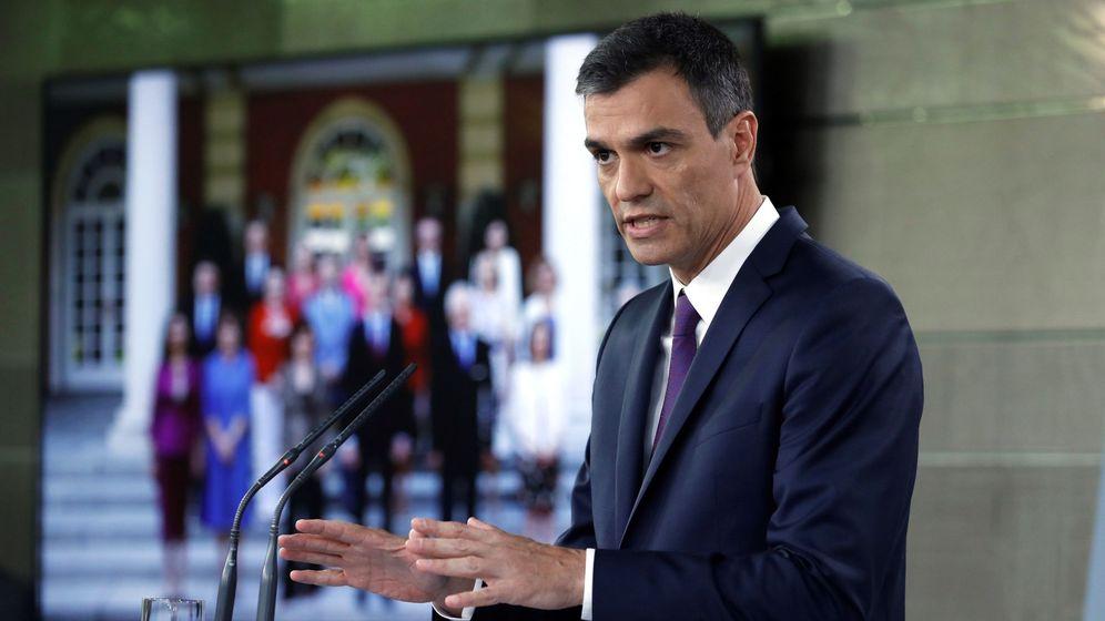 Foto: El presidente del Gobierno, Pedro Sánchez hace balance de su gestión en el Ejecutivo justo antes del parón del mes de agosto. (EFE)