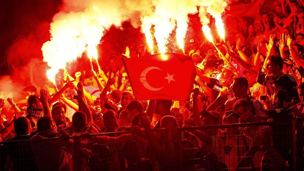 El golpe de Estado de Turquía se ceba con los equipos deportivos que cotizan en bolsa