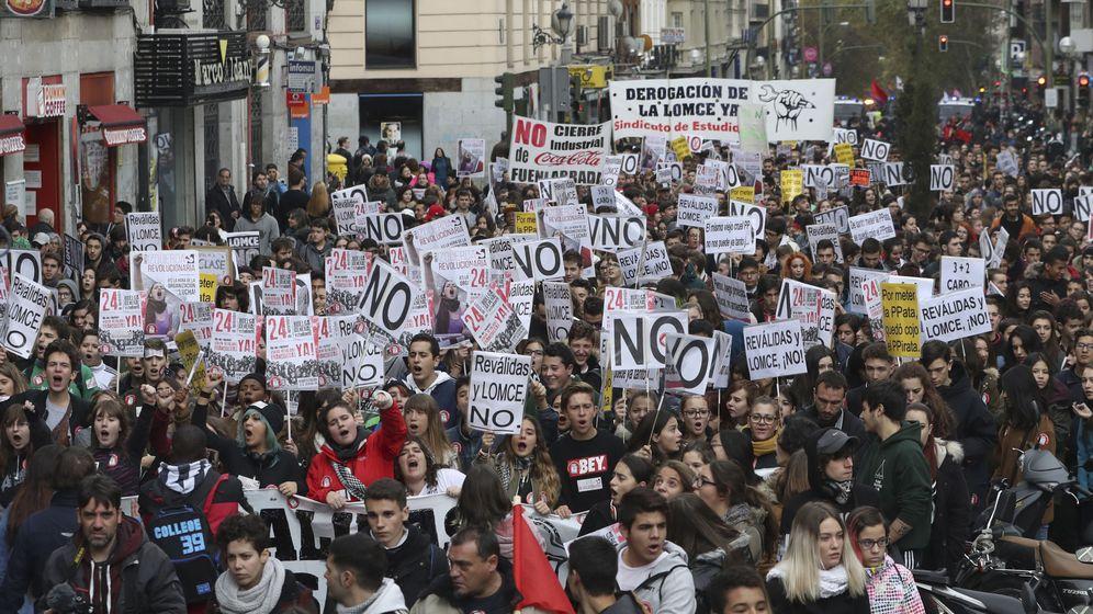 Foto: Foto de archivo de la manifestación contra la Lomce del pasado 24 de noviembre. (EFE)