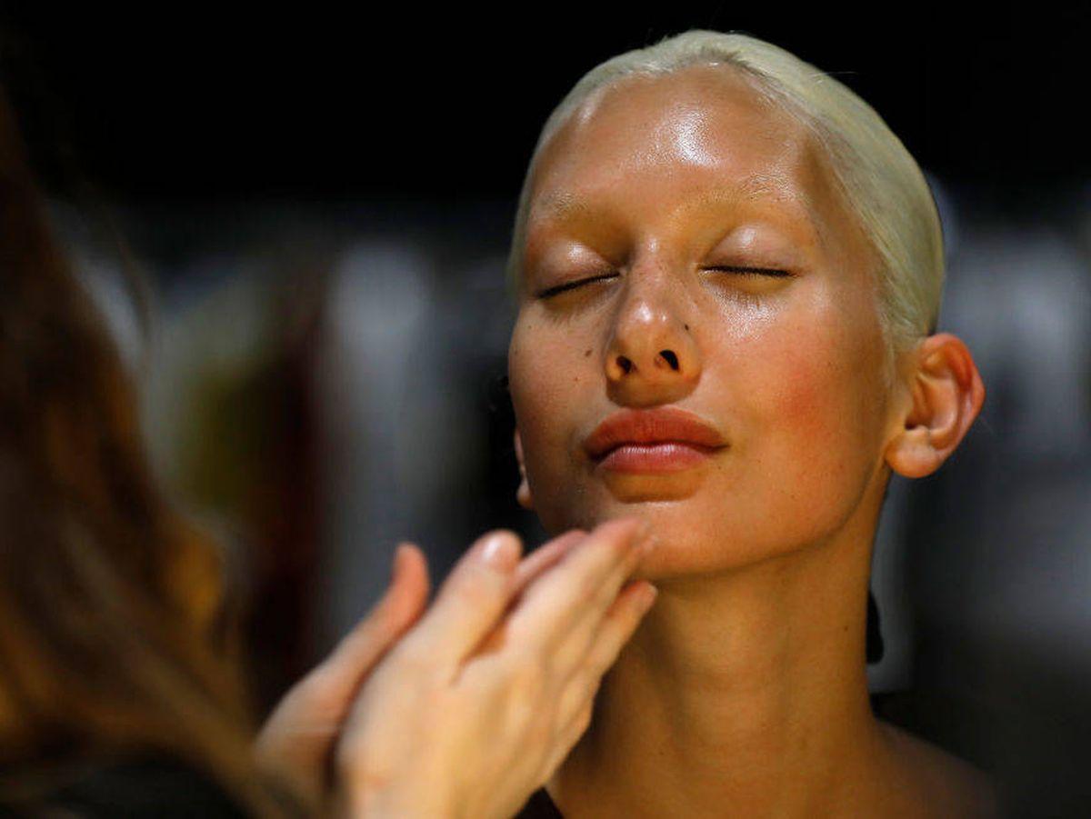 Foto: Los sérums efecto bótox mantienen la firmeza en la piel sin necesidad de pinchazos. (Getty)