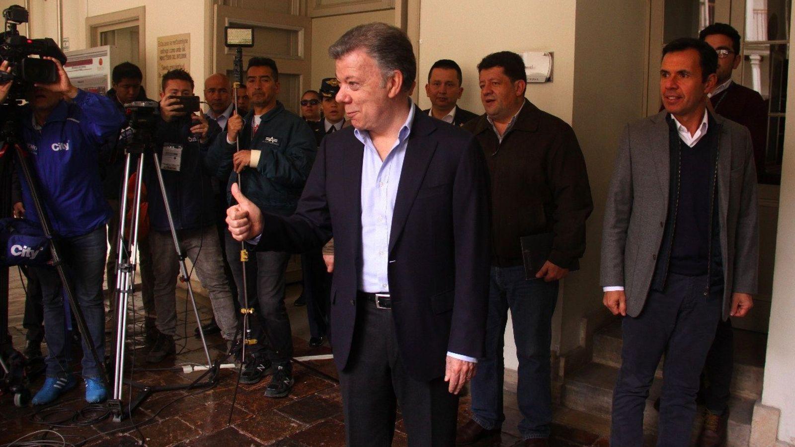 Foto: Juan Manuel Santos, durante la jornada de elecciones de Colombia | EFE