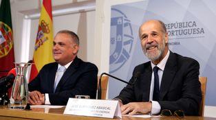 Abascal 'reaparece' en Sevilla en la universidad que cofundó Abengoa