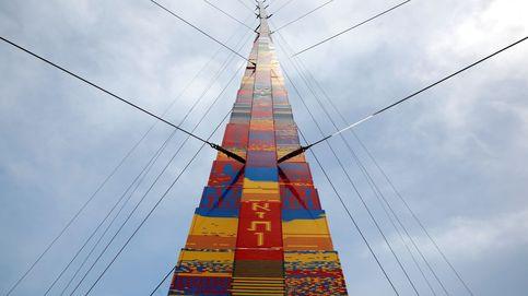 La torre de Lego más alta del mundo y el paso de Bruno por el País Vasco: el día en fotos