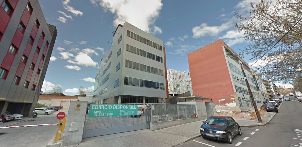 Foto: Edificio de Santa Leonor 32, adquirido por Bankia. (Google Maps)