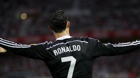 Cristiano reparte abrazos, goles y un cargamento de moral al Real Madrid
