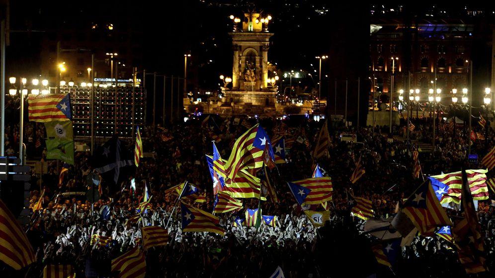 Foto: Vista general de los asistentes al acto unitario del independentismo. (EFE)