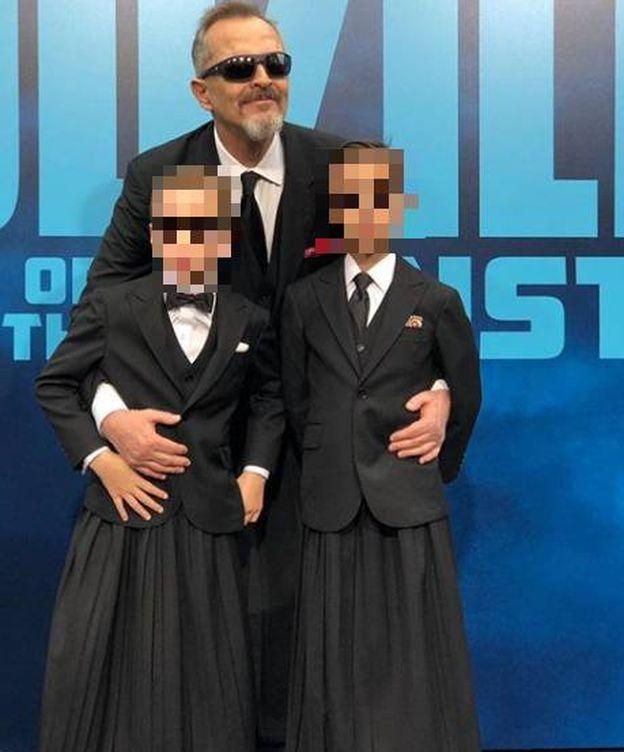 Foto: Miguel Bosé posa con sus hijos, Tadeo y Diego. (IG)
