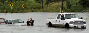 """El huracán """"Ike"""" recorre Texas y deja a 4 millones de personas sin luz"""