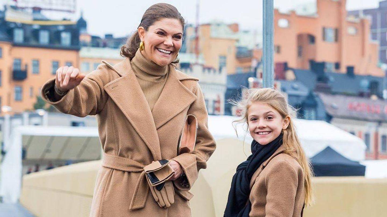 Victoria y Estelle, en la inaguración de un puente en Estocolmo. (Instagram: @kungahuset)