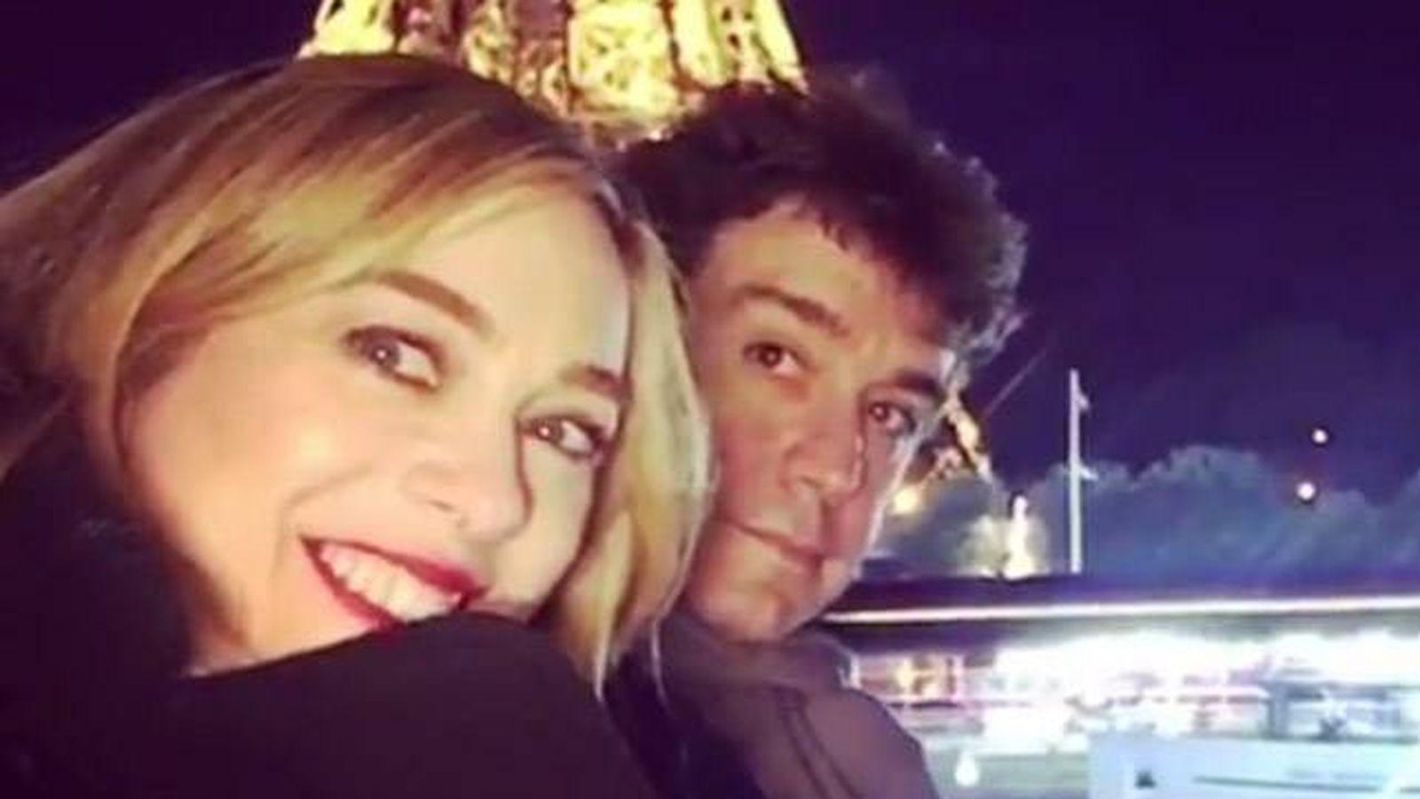 Foto: Marta Hazas y Javier Veiga durante su luna de miel en París