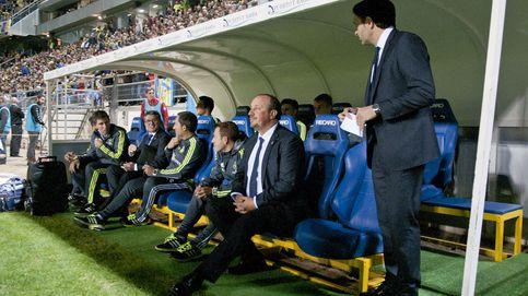 Sólo el vértigo de Zidane a entrenar al Real Madrid frena la caída de Benítez