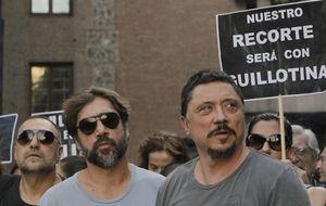 La familia Bardem lidera la concentración cultural contra la subida del IVA