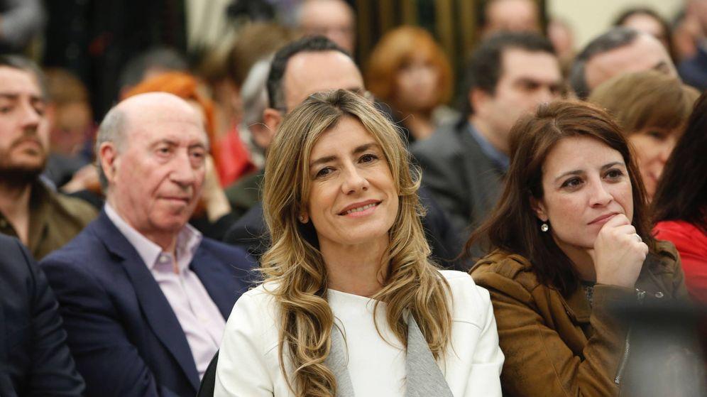 Foto: Begoña Gómez en la presentación del libro de Sánchez. (Inma Mesa / PSOE)