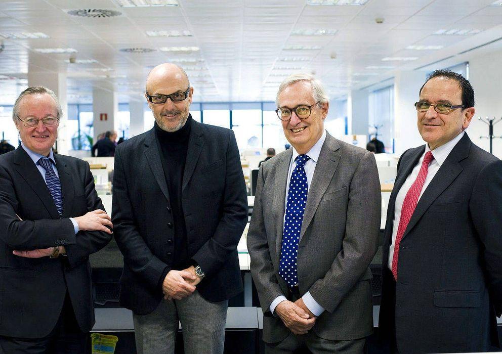 Foto: Josep Piqué, Luis Solana y José Wahnon Levy, nuevos consejeros de Ezentis, junto al presidente de Ezentis , Manuel García-Durán