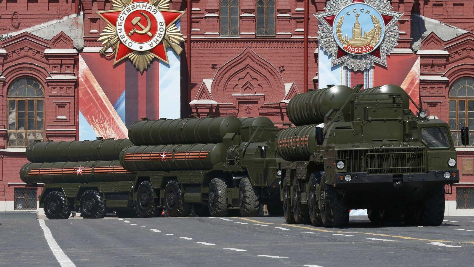 Foto: Misiles S-400 exhibidos durante el desfile del Día de la Victoria, el 9 de mayo de 2016. (Reuters)
