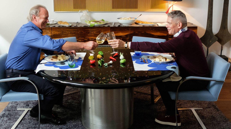 Bertín y Boris Izaguirre durante el programa 'Mi casa es la tuya'. (Mediaset)