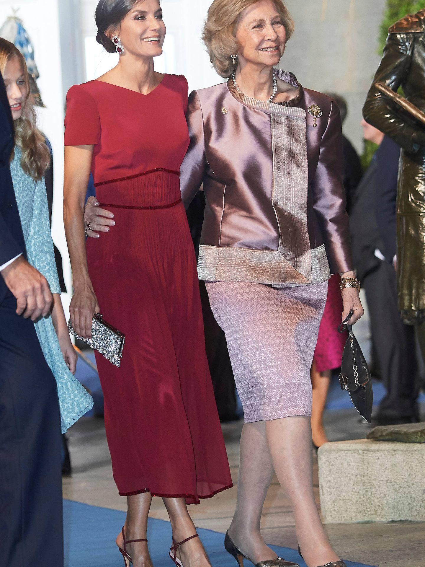 La reina Sofía y la reina Letizia, el año pasado. (Limited Pictures)