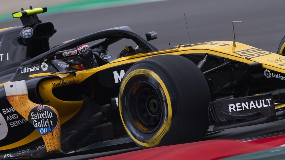 Foto: Sainz, al volante del Renault durante la sesión clasificatoria. (EFE)