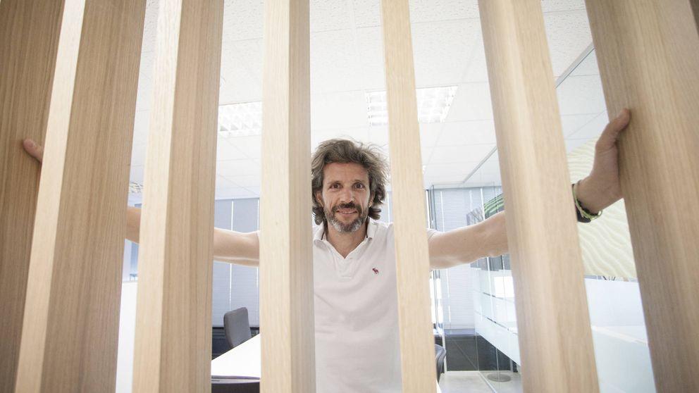 El genio del 'low cost' en Telefónica se estrella con la CNMC: Es una injusticia
