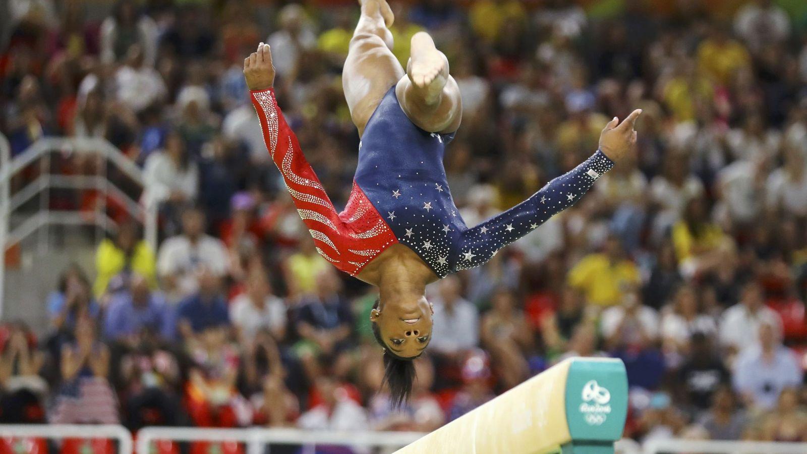 Foto: La estadounidense Simone Biles está considerada como la mejor gimnasta del planeta en la actualidad (Mike Blake/Reuters).