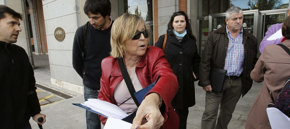 Foto: Teresa Gómez-Limón, a las puertas de Fomento, en una imagen de archivo. (Efe)