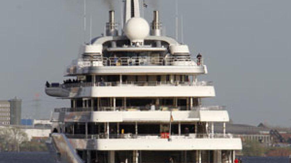 Abramovich recibe el yate privado más lujoso del mundo