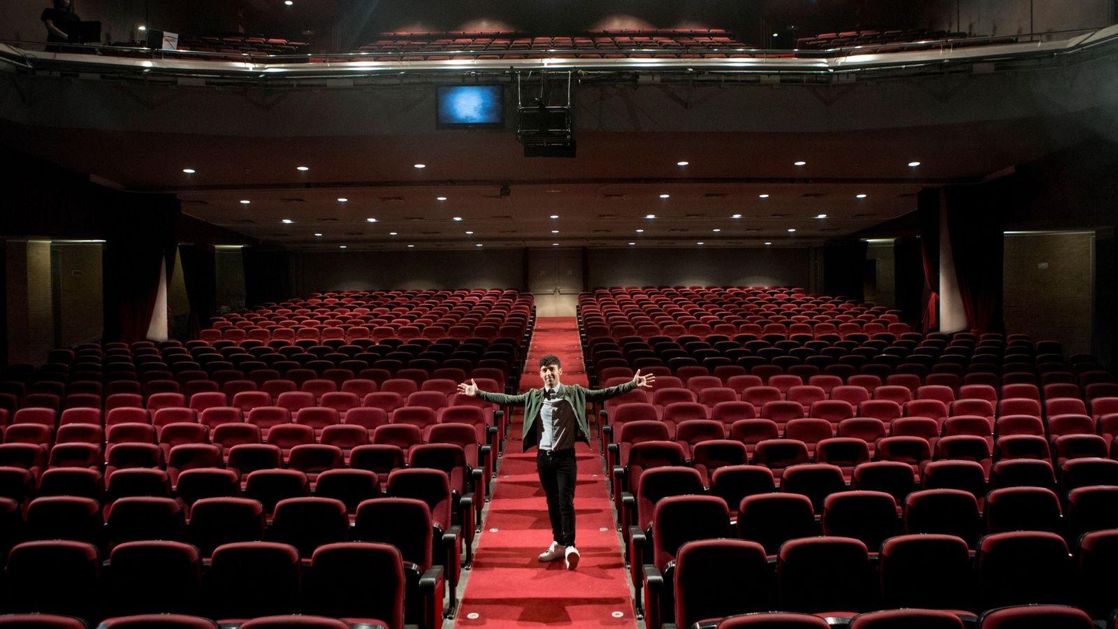 Foto: El Mago Pop (Antonio Díaz) ha comprado el Teatre Victòria de Barcelona y estrenará su show 'Nada es imposibñe' (EFE)