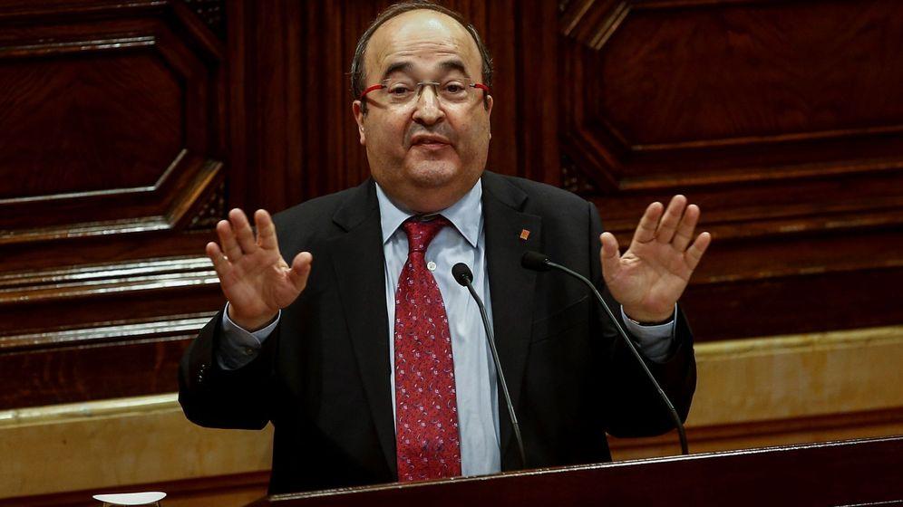 Foto: El presidente el grupo parlamentario Socialistes i Units per Avançar, Miquel Iceta, interviene en el debate de la moción de censura. (EFE)