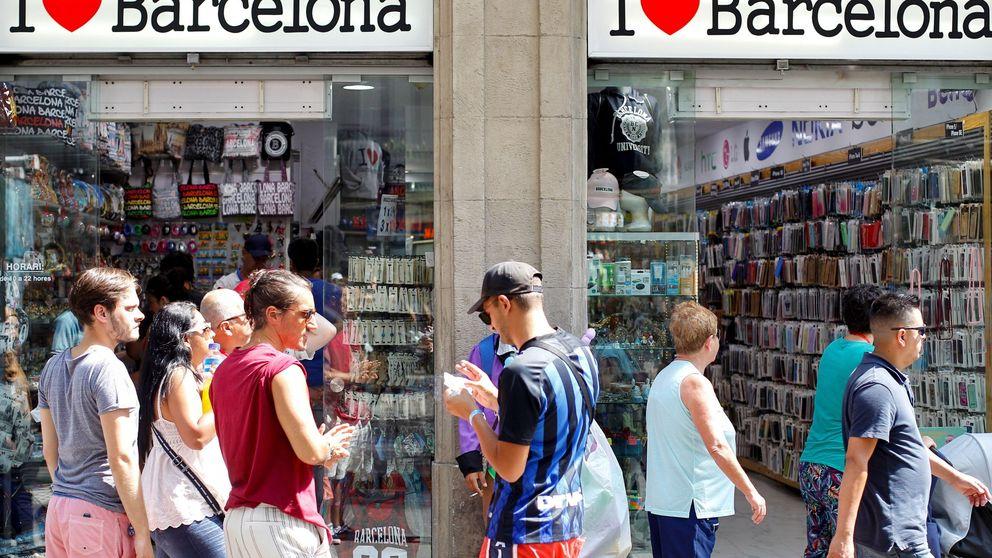 Ada Colau prohíbe la apertura y ampliación de pisos turísticos en Barcelona