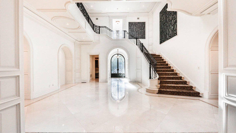 Una vista de la escalera. (The Agency)