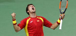 Post de Bautista y Carreño salvan la cara de España en la Copa Davis
